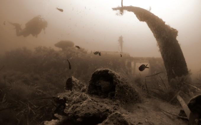 Plongées à Aleria : bombardier B25 et grottes de Riva Bella